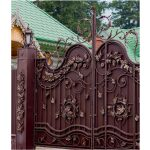 Wrought Iron Gate with lanterns Left